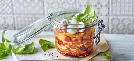 Salade de pâtes épicée à la mozzarella