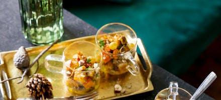 Verrine potimarron-cèpes et foie gras poêlés aux raisins et noisettes