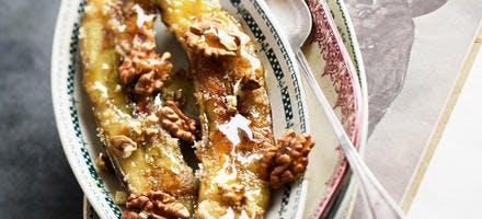 Bananes rôties aux noix et au miel