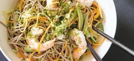 Salade de soba aux crevettes