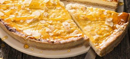 Tarte au fromage frais, citron et miel d'acacia