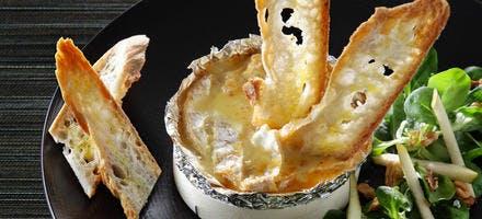 Camembert chaud farci aux poires par Thomas Lemelle