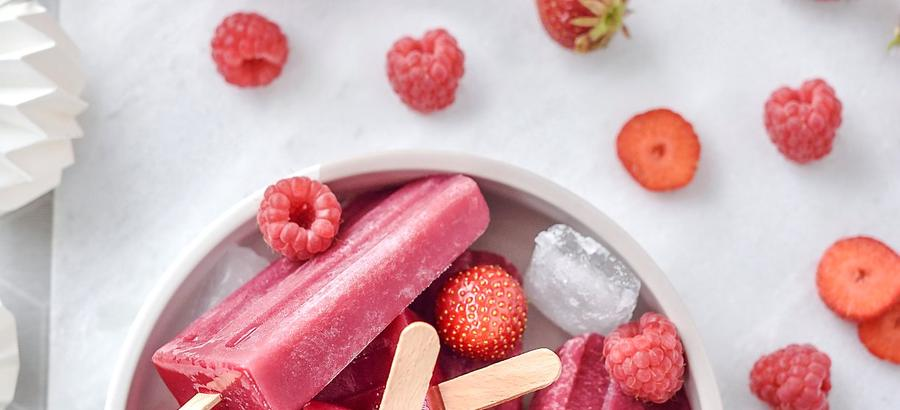 Smoothie pop-ice mangue, fraise et framboise