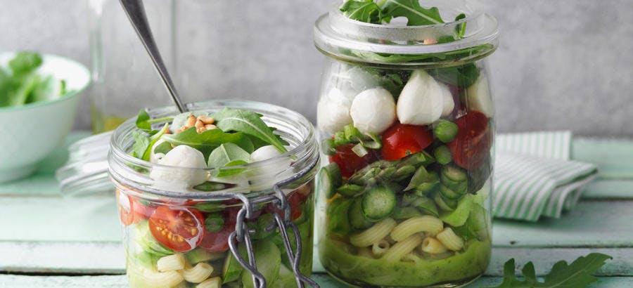 Salade de pâtes et d'asperges vertes
