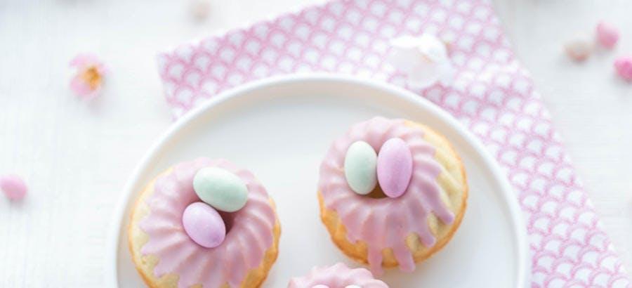 Mini-gâteaux façon nids de Pâques