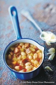 Soupe de haricots blancs au jambon de Luxeuil et au comté