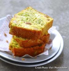 Cake lardons et courgettes