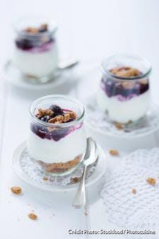 Trifle yaourt, cerises, et spéculoos