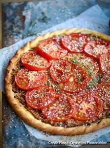 Recette de tarte à la tomate et à la moutarde