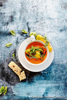 Gaspacho de tomates oranges