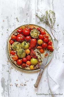 Tarte tatin aux tomates multicolores