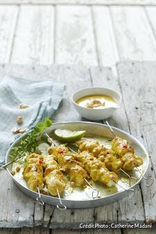 Brochettes de poulet sauce cacahuètes