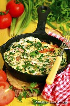 Omelette tomate et feta