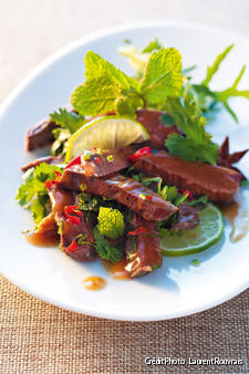 Salade thaïe de joues de boeuf