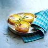 Crème au romarin sur lit d'abricots