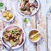 Tajine de boulettes de viande kefta aux artichauts et aux fèves