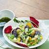 Salade de rattes et vitelottes, vinaigrette au yuzu