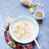 Riz au lait de coco au gingembre et au sésame